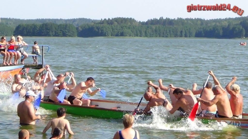 rentyny wyścig smoczych łodzi